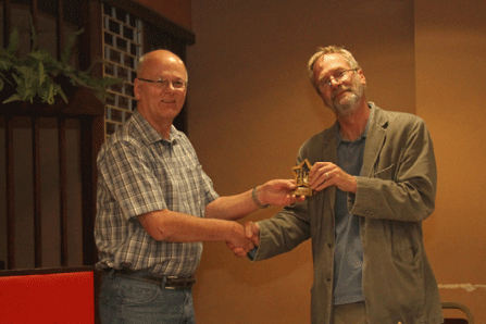 Andrew Kinder presents the Divison 4 Individual Trophy to Tony Tatam (Plymouth)