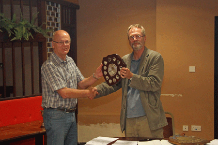 Andrew Kinder presents the Division 4 Team Trophy to Tony Tatam (Plymouth)